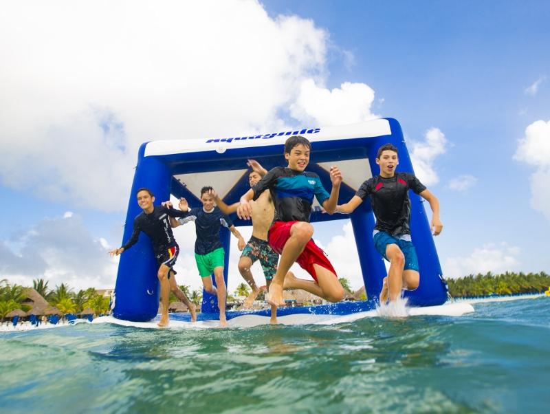 Aquaglide Event Tent Action 2